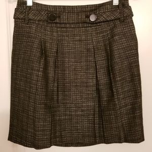 Ann Taylor skirt gray with pleats buttons at waist